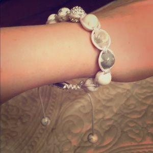 Jewelry - Trendy beaded adjustable bracelet with rhinestones